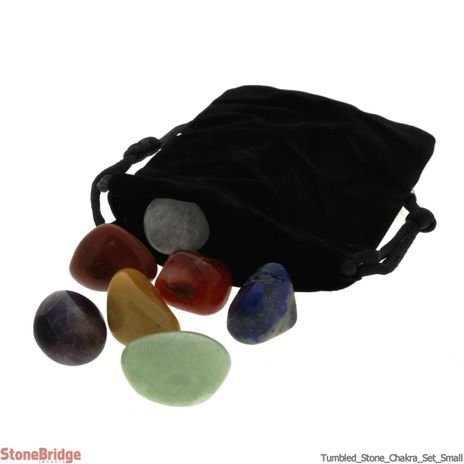 Chakra Set 7 pieces tumbled stone in velvet bag