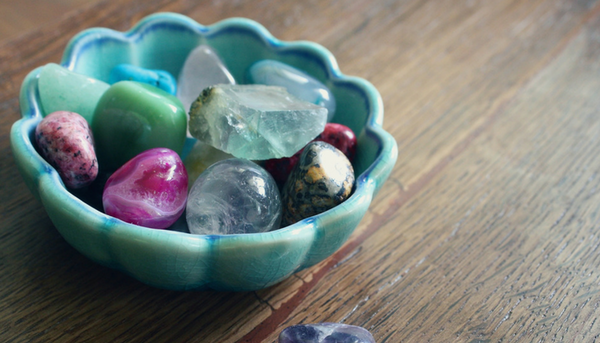 how-to-select-the-perfect-gemstones-for-your-diy-jewelry.png