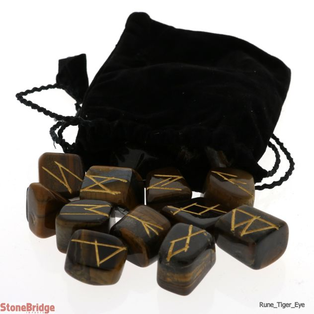 Tiger's Eye Runes Set