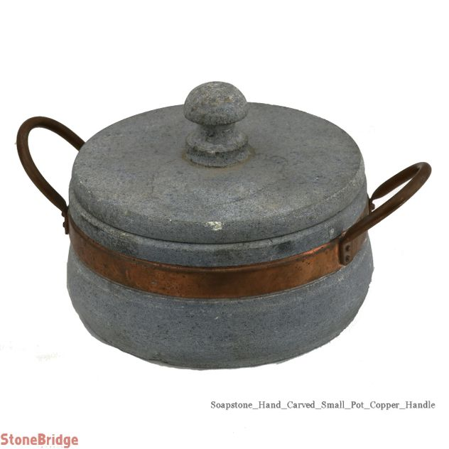 Soapstone Pot with Lid - Small 1.5 L