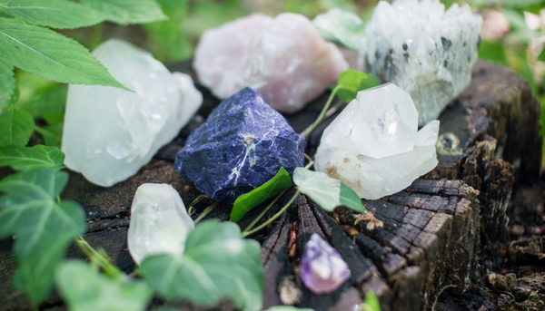 beginner-s-guide-top-3-most-potent-and-powerful-healing-crystals.png