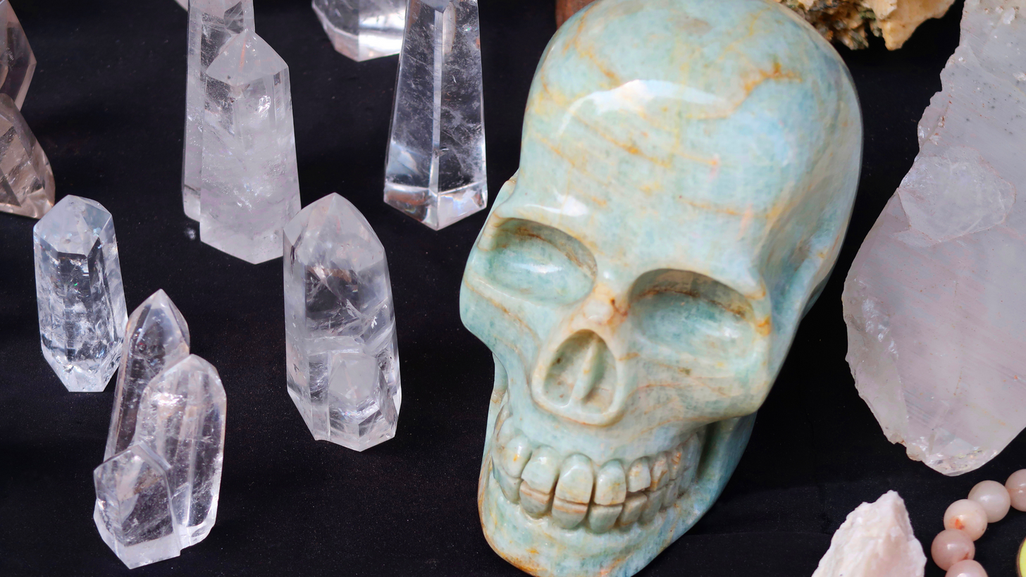 Crystal skull uses.png