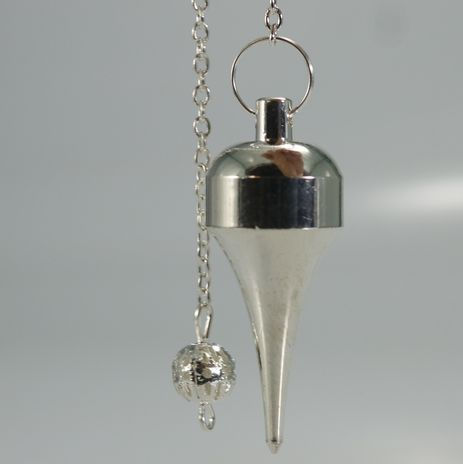 Metal Pendulum - Silver Colour Big Point with Chain - 1 1/2""