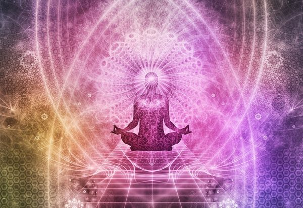 what-is-an-aura-how-do-crystals-help-or-heal-it.jpg